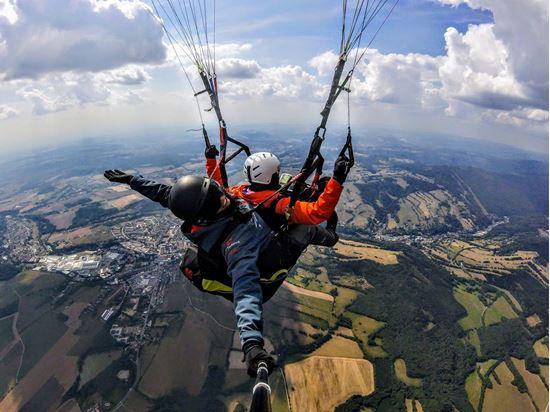 Obrázek Paragliding tandem - Vyhlídkový let Panorama